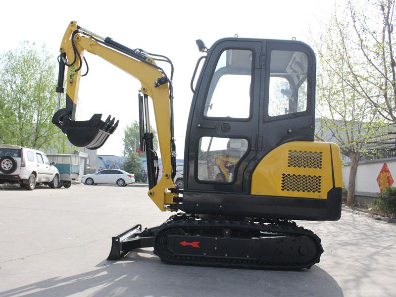R330小型履带式挖掘机